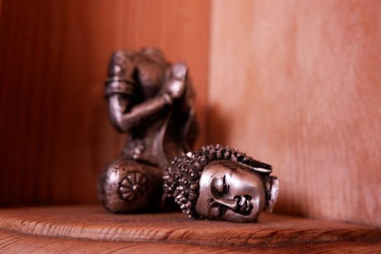 headless bhudda in situ